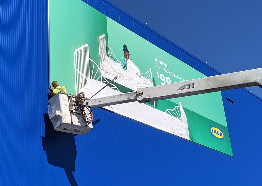 sign installation services milwaukee