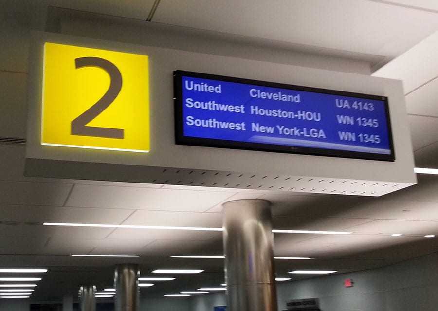 airport sign services milwaukee